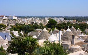 2011-08-21 (vista general Alberobello)